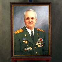 Портрет военного по фото маслом в раме